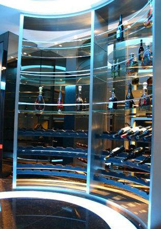 餐厅不锈钢酒架什么样的好,餐厅不锈钢酒架哪里定制,餐厅不锈钢酒架多少钱
